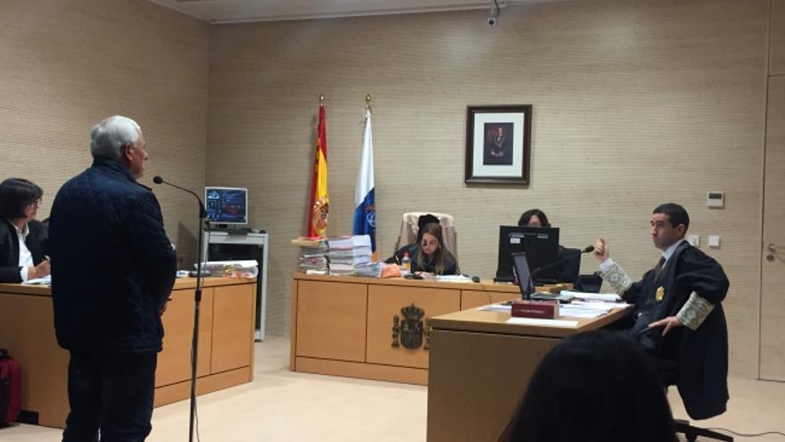 Francisco Gutiérrez, este martes en el Palacio de Justicia de La Laguna
