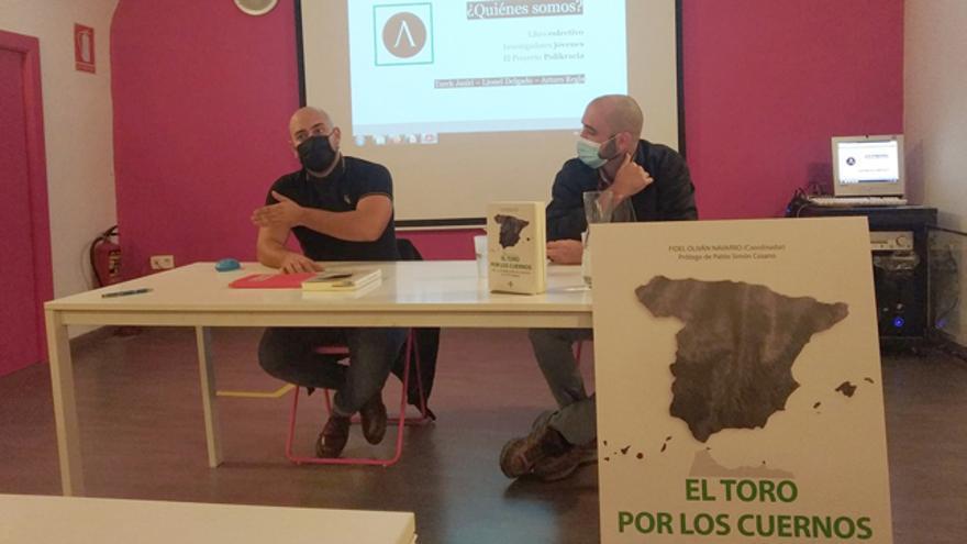 """Fidel Oliván en la presentación del libro """"El toro por los cuernos: VOX, la extrema derecha europea y el voto obrero"""""""