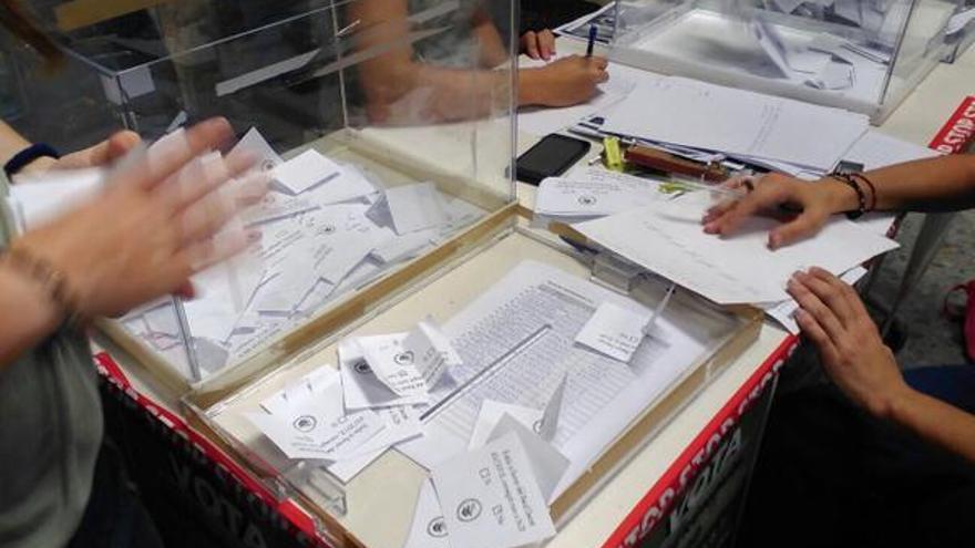 Las urnas ubicadas en el campus de Burjassot / @Referendum3mes2