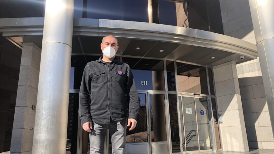 Dieciséis días encerrado en su comisaría para protestar por los derechos de los ertzainas