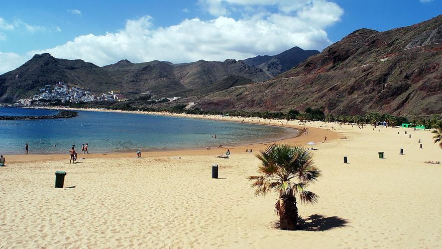 Imagen de archivo de la santacrucera playa de Las Teresitas, junto al barrio de San Andrés