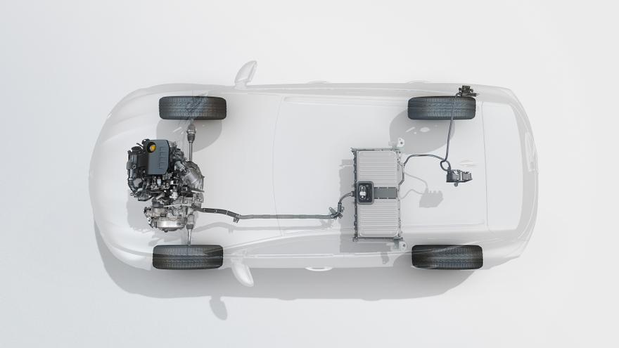 La segunda generación del Renault Captur estrena tren híbrido enchufable.