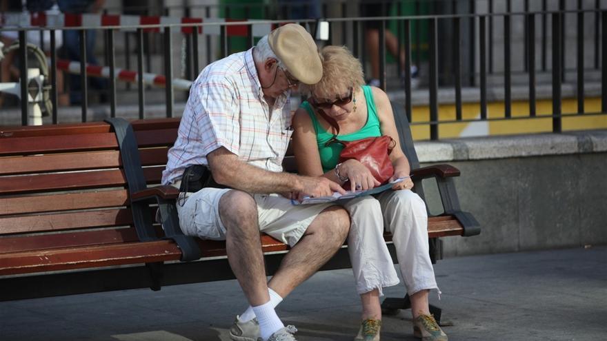 La pensión media se sitúa en Canarias en 910,20 euros en agosto.