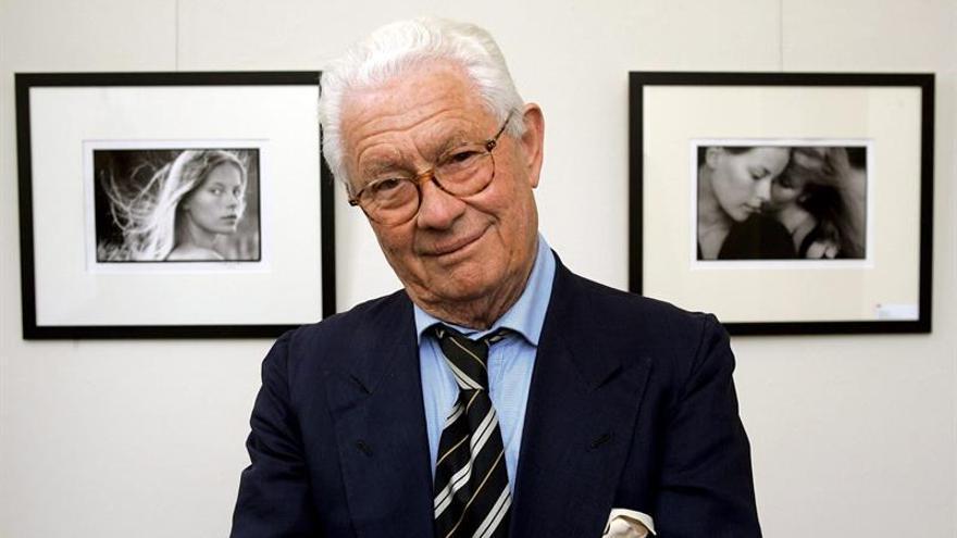 Hallan muerto en su domicilio parisino al fotógrafo británico David Hamilton