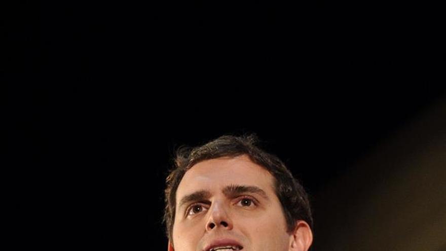 Rivera ve en el voto joven un filón para ganar los comicios del 20D