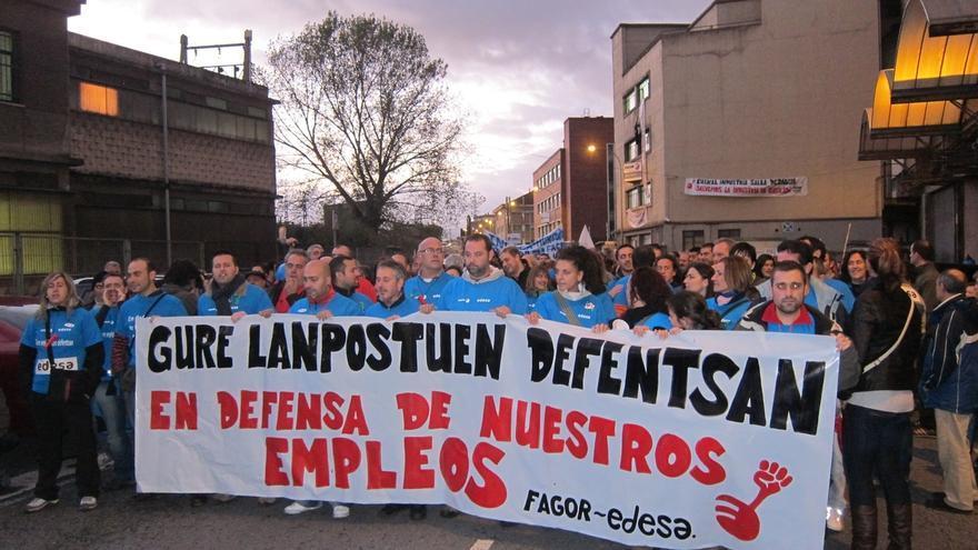 """Extrabajadores de Edesa se manifestarán para exigir a Cata que cumpla """"sus compromisos"""" con la fábrica de Basauri"""