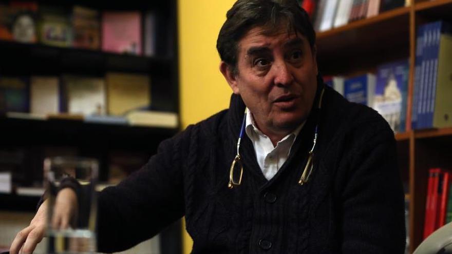 García Montero celebra hoy su primer acto como director del Cervantes