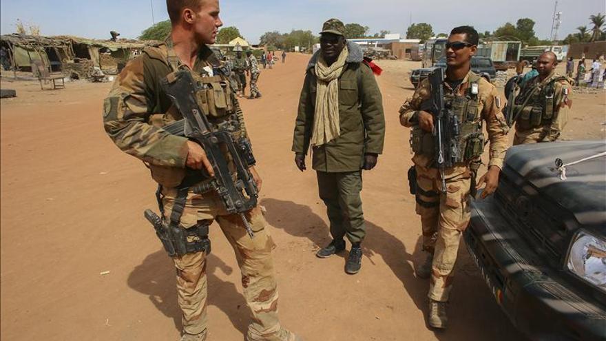 París confirma la muerte de dos periodistas franceses en Mali