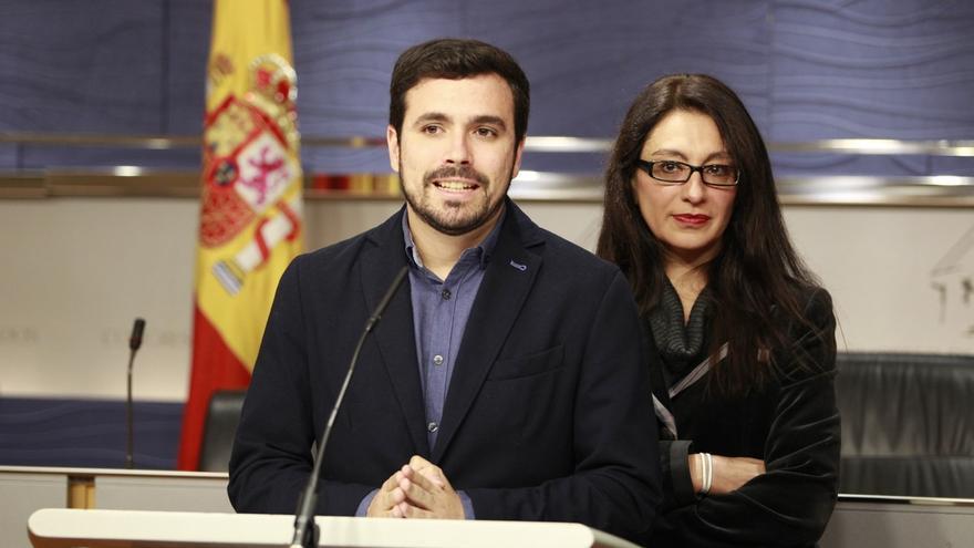 """Garzón urge a empezar las conversaciones sobre el programa y confía en que la oferta de PSOE y Podemos sea """"sincera"""""""