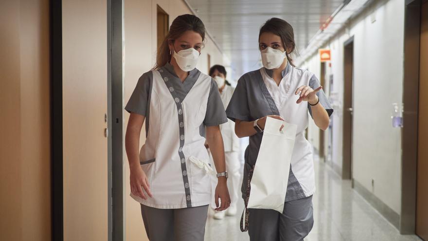 Personal sanitario en un centro hospitalario.