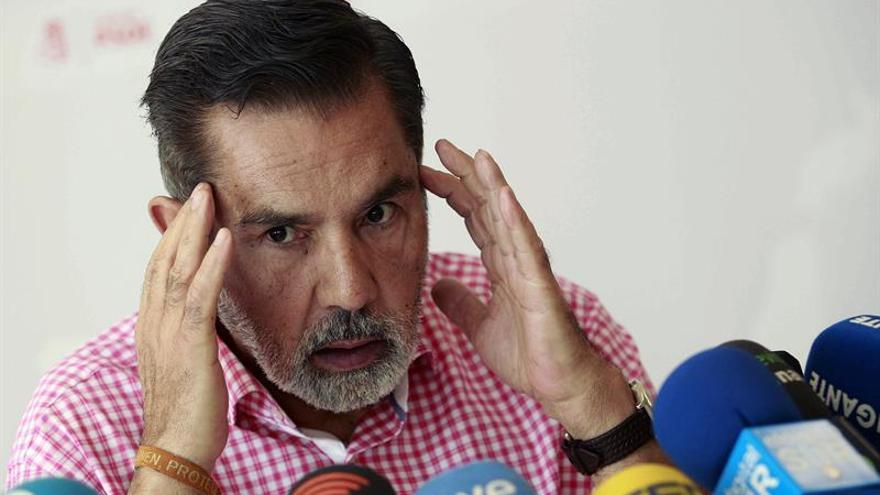 El presidente de la Comisión Gestora del PSOE de Canarias, José Miguel Rodríguez Fraga