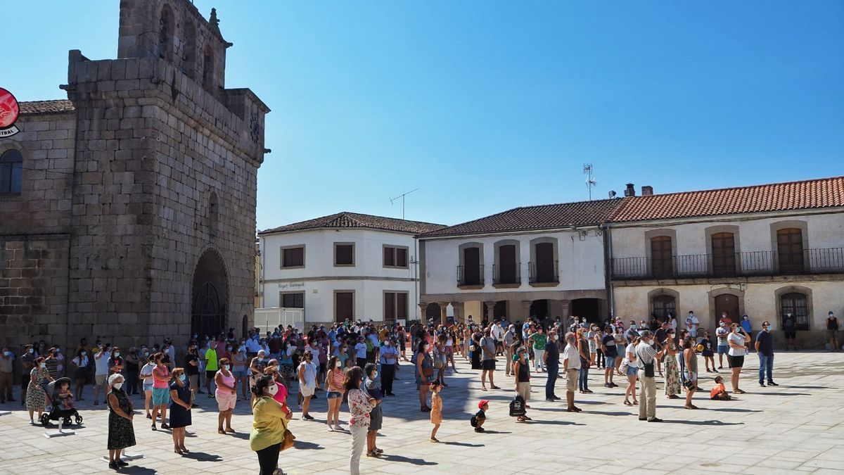 Protesta en Villavieja la semana pasada.