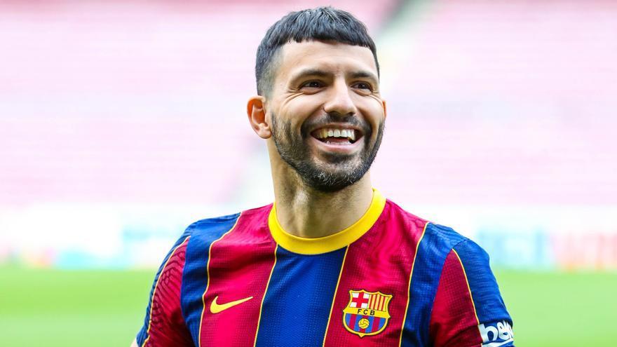 El Kun Agüero fue presentado como nuevo jugador del Barcelona