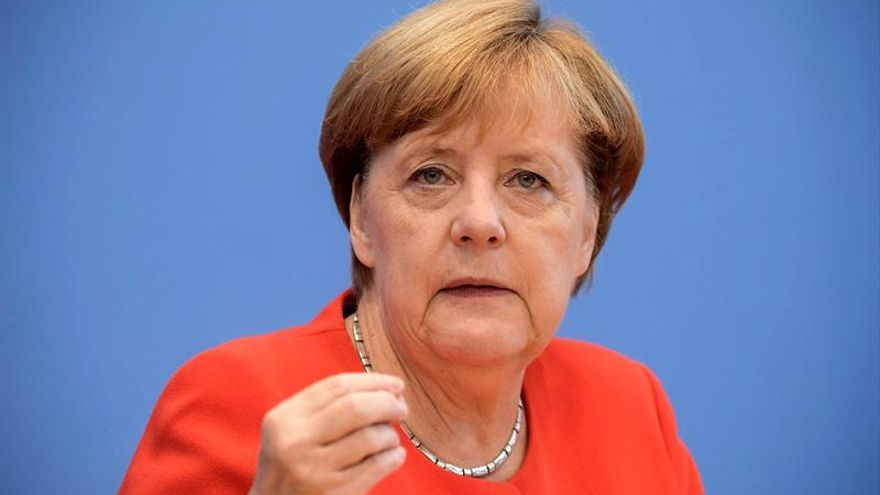 Merkel mantiene una sólida ventaja sobre Schulz ante su único debate televisado