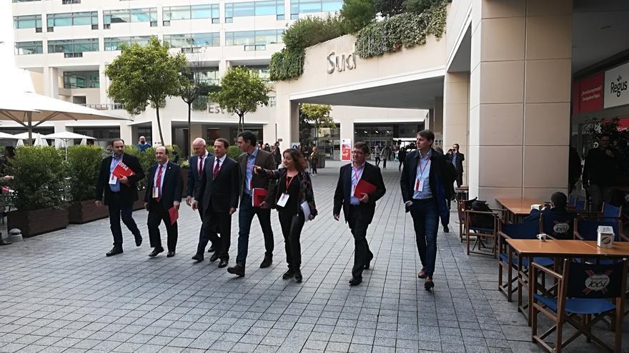 """Papandreu arremete en Barcelona contra los que obligan a escoger una """"única identidad"""" como en Sarajevo"""