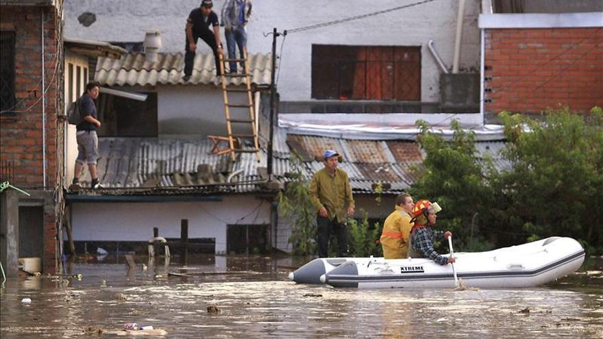 Al menos 17 muertos por efectos de temporada de lluvias en Ecuador