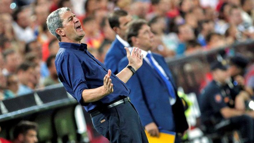 El entrenador del UD Las Palmas, Manolo Márqueza. EFE/Manuel Bruque