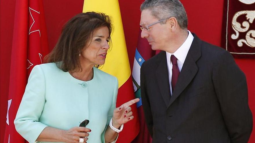 Los exalcaldes de Madrid Ana Botella y Alberto Ruiz-Gallardón.