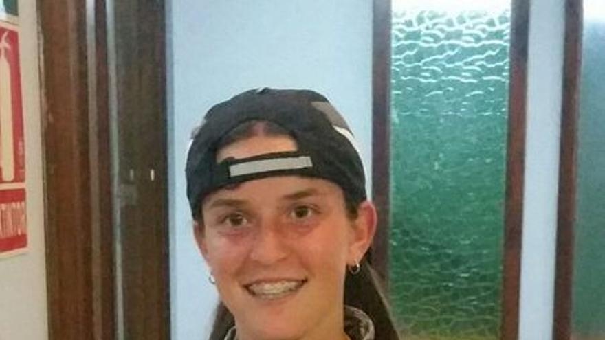 Aynara Ferraz, ganadora del Campeonato Infantil de Tenis Manuel Alonso
