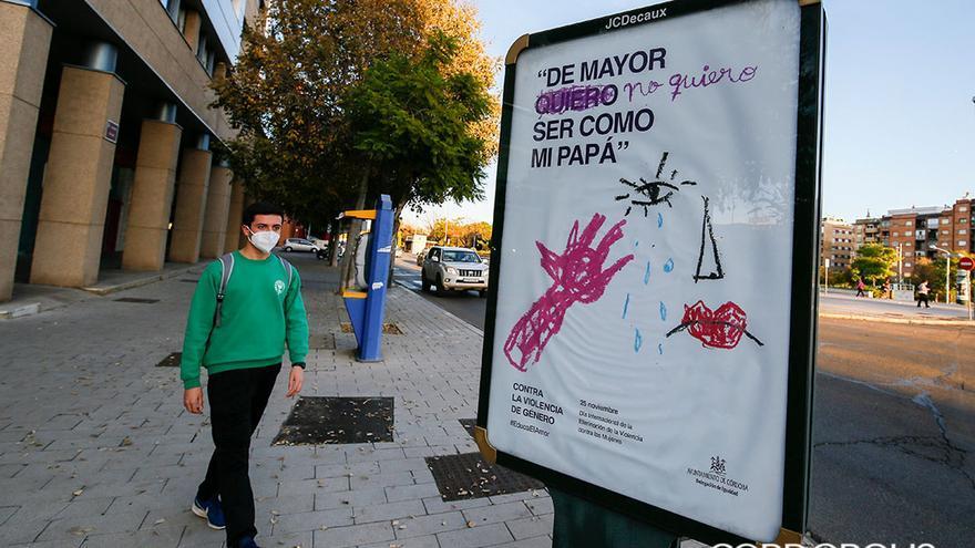Cartel de la campaña del Ayuntamiento que ha sido retirada | MADERO CUBERO
