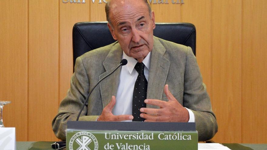 """Miquel Roca sobre Cataluña: """"Creo, deseo y estoy convencido de que la sangre no va a llegar al río"""""""