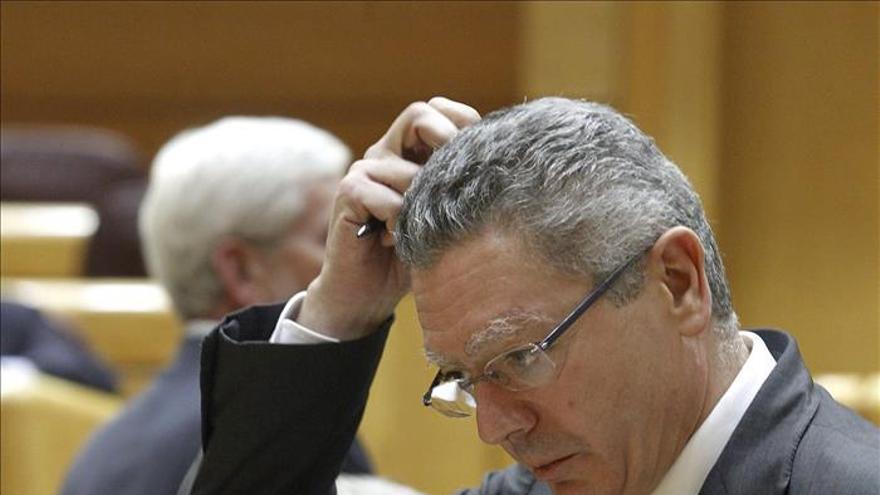 """Gallardón expresa su """"gratitud"""" a Botín por su """"compromiso"""" con España"""