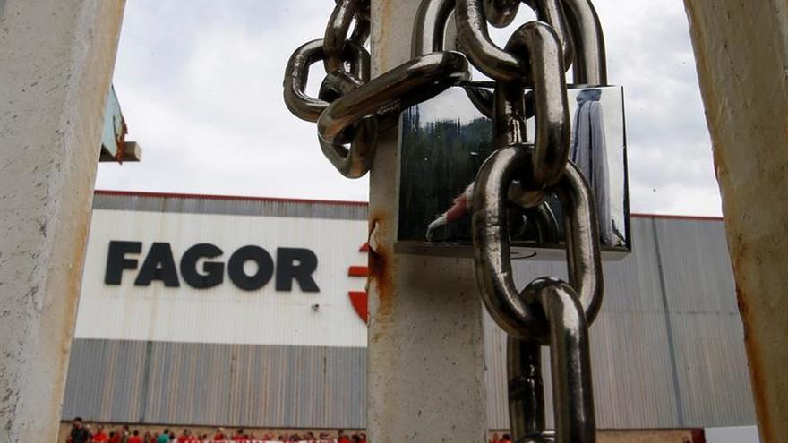 Los trabajadores de Fagor-CNA se movilizarán contra el cese de la producción