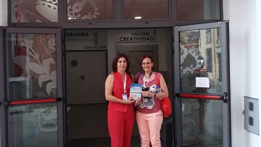 Isa Fuentes y Sandra Lorenzo.
