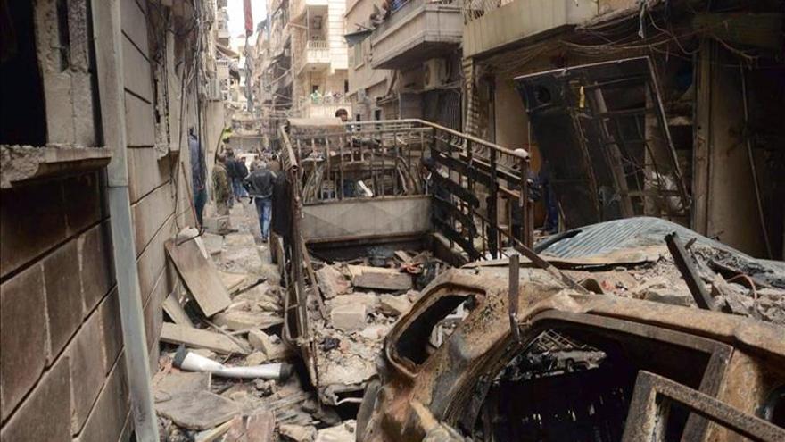 Al menos 9 muertos, entre ellos 5 niños, en el bombardeo a una escuela en Alepo