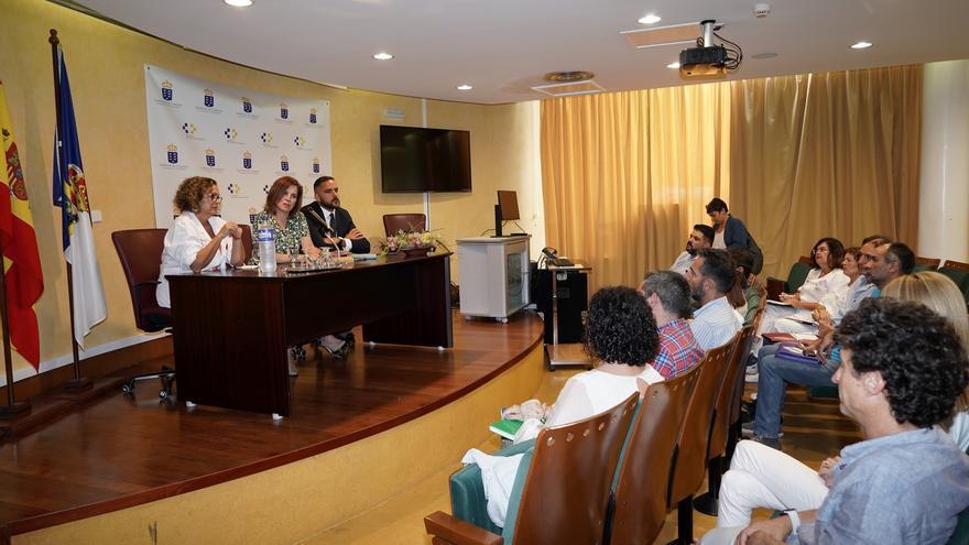 Reunión en el Hospital General de La Palma.