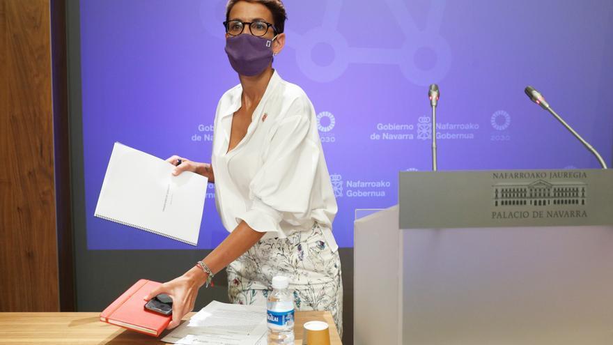 La presidenta de Navarra anuncia más limitaciones a los aforos y horarios de hostelería