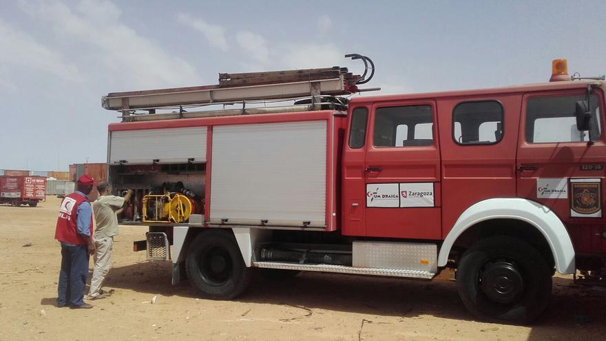 Camión autobomba que han trasladado a Tinduf.