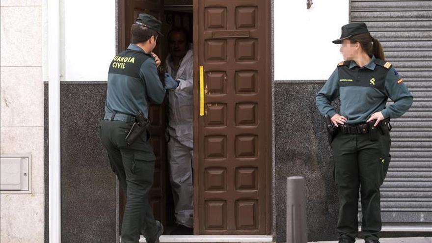 Dos guardias civiles heridos por un atrincherado en Montalbán (Córdoba)