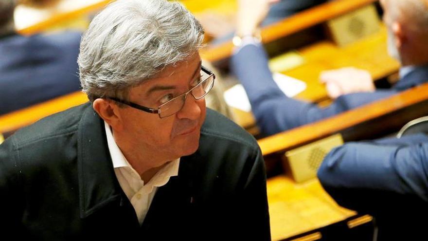 El izquierdista Mélenchon es investigado por supuestos empleos ficticios