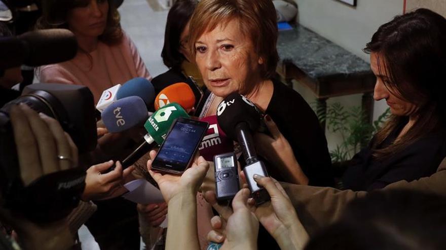 """Celia Villalobos (PP) siente """"en el alma"""" el triunfo de Trump"""