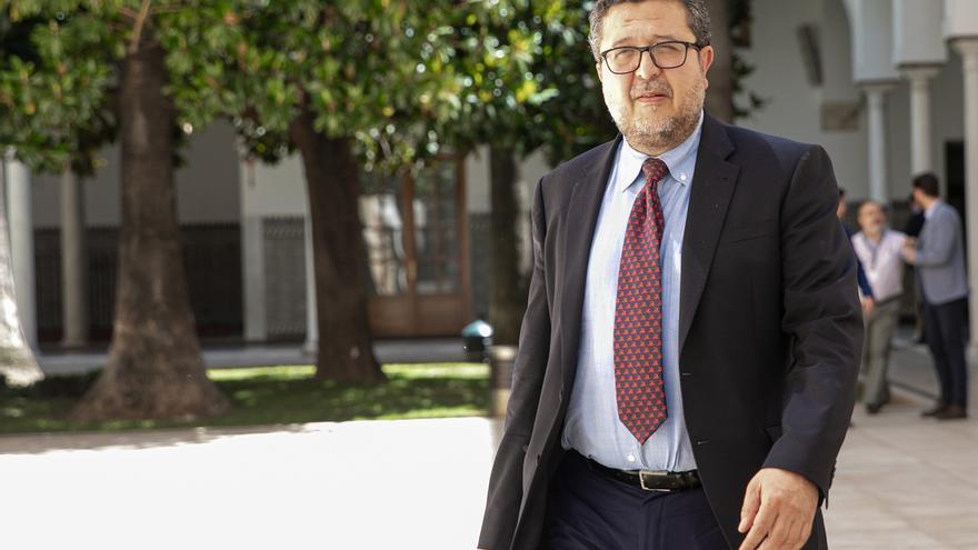 """Serrano se limitó a criticar """"a título personal"""" sentencia de La Manada, dictada """"bajo presión de grupos de poder"""""""
