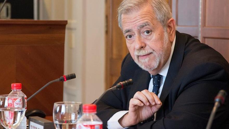 Hacienda pide a Cataluña controlar gasto de personal y medidas a otras 6 CCAA