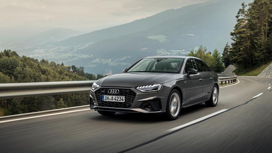 El nuevo Audi A4 cuenta con un exterior más deportivo y sofisticado gracias a la nueva parrilla Singleframe más ancha y plana