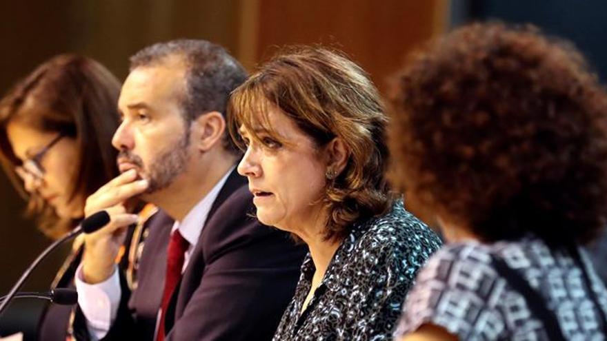 """Delgado afirma que su situación y la de Cospedal son """"radicalmente distintas"""""""