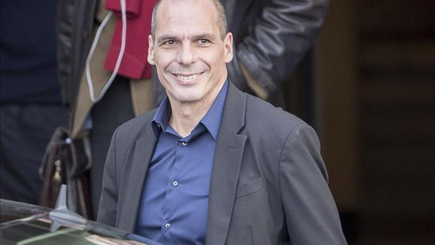 Varufakis dice que en Berlín no ha hablado de una posible quita de la deuda