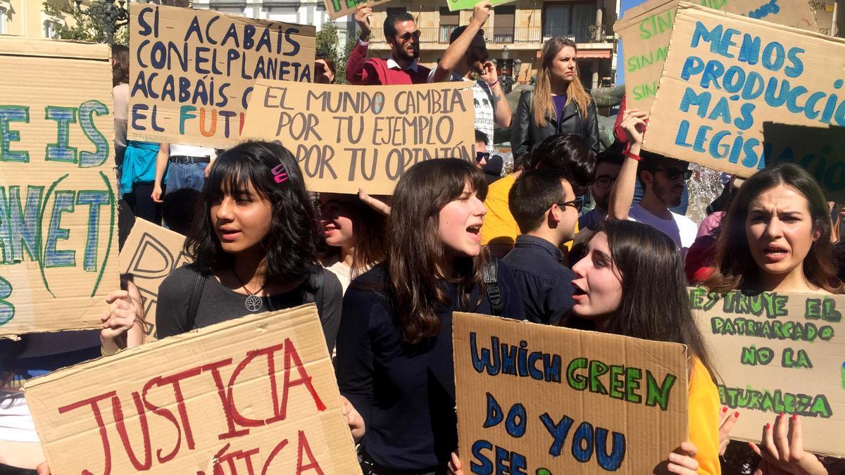 Concentración del movimiento Fridays for Future en Valencia en marzo de 2019.
