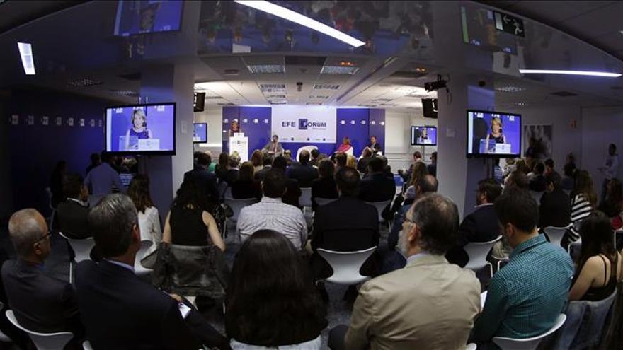 Aguirre ve una ofensa gravísima que Pedro Sánchez equipare a Bildu con el PP
