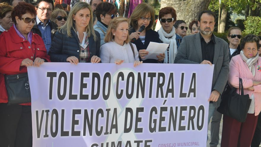 Concentración en Toledo contra la violencia de género, 7/4/15 / Foto: Javier Robla