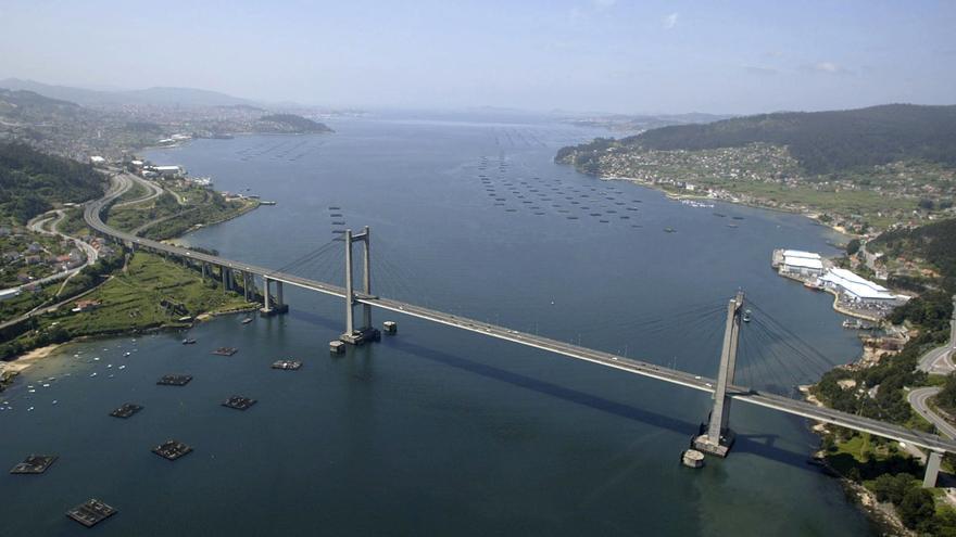 Vista de la ría de Vigo desde el puente de Rande EFE