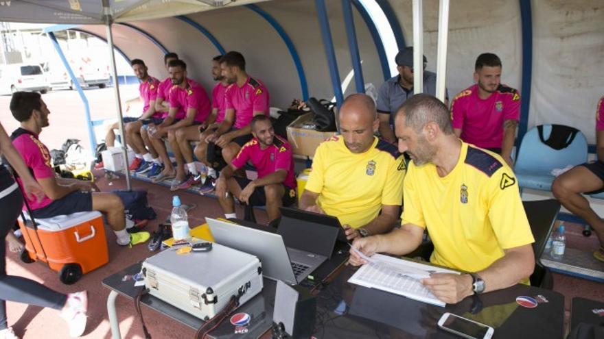 Los jugadores de Las Palmas realizan el Test de Prost (Foto UD Las Palmas)