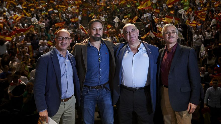 """Abascal está dispuesto a volver a """"bloquear"""" para que no gobierne el PSOE"""