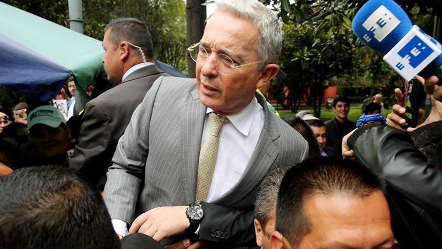 Álvaro Uribe se retracta de llamar delincuentes a muertos en ejecuciones extrajudiciales