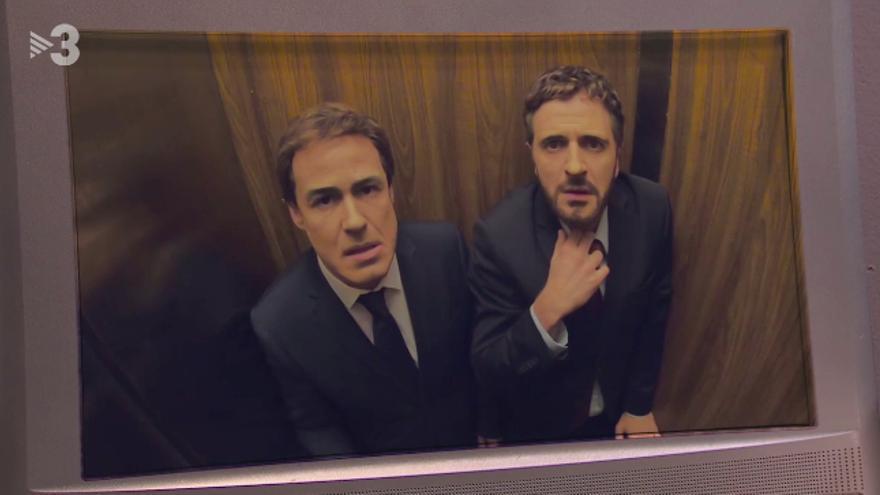 'Polònia' encierra a Albert Rivera y Pablo Casado en un ascensor, como metáfora de la sentencia del procés