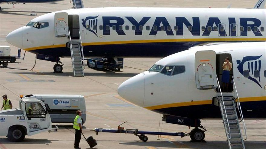 Ryanair obtuvo 1.242 millones de beneficios en su año fiscal, un 43 % más