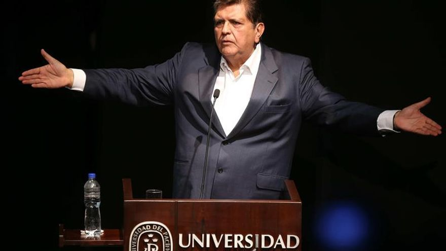 """Alan García acude a fiscalía """"sin temor"""" a ser implicado en el caso Odebrecht"""